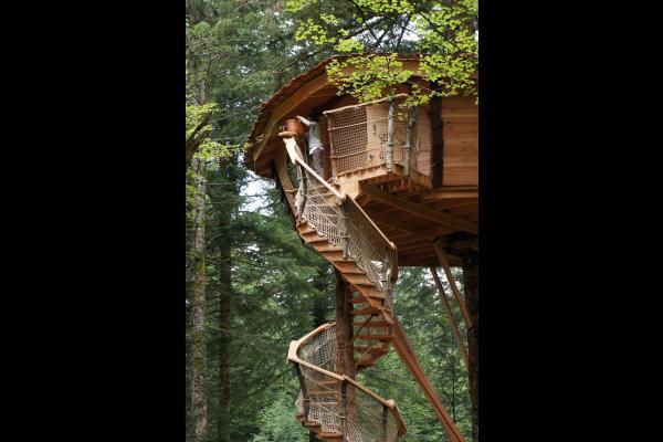 Escalier colimaçon - Chambre d'hôtes - La Tour-d'Auvergne