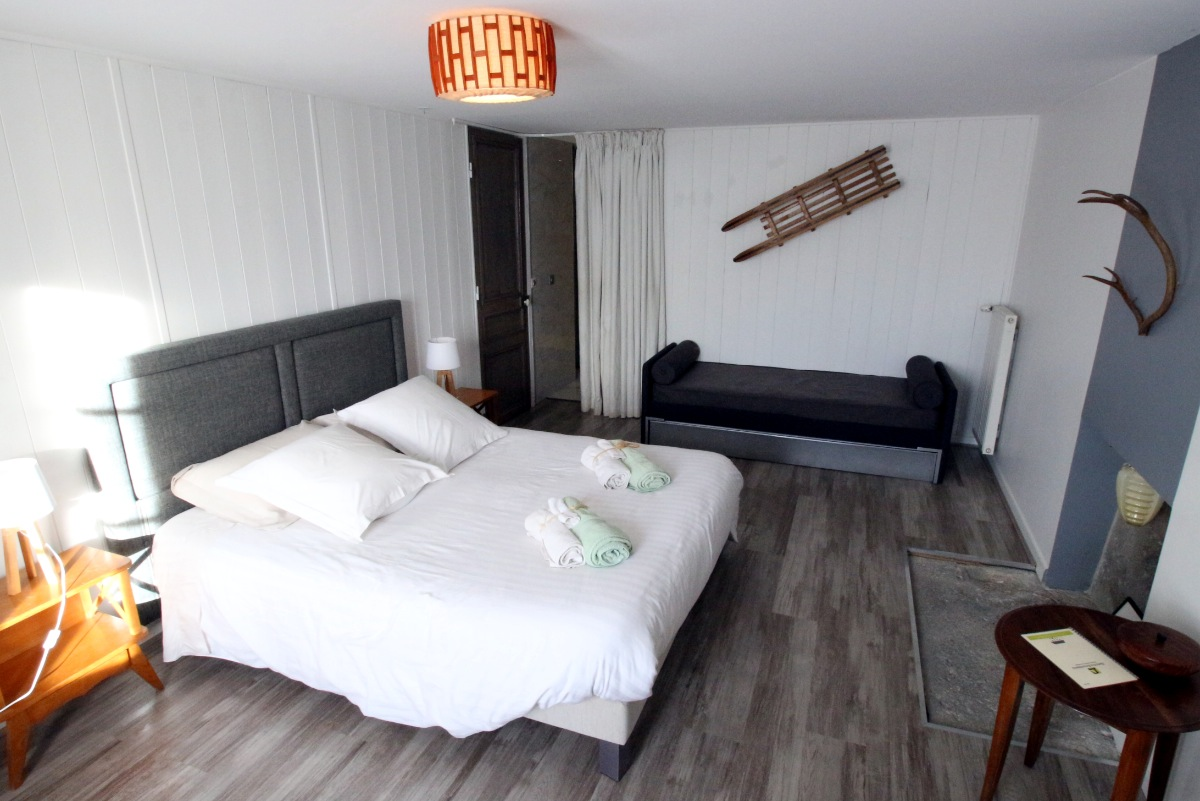 Chambres d'hôtes, Besse-Et-Saint-Anastaise - Chambre d'hôtes - Besse-et-Saint-Anastaise