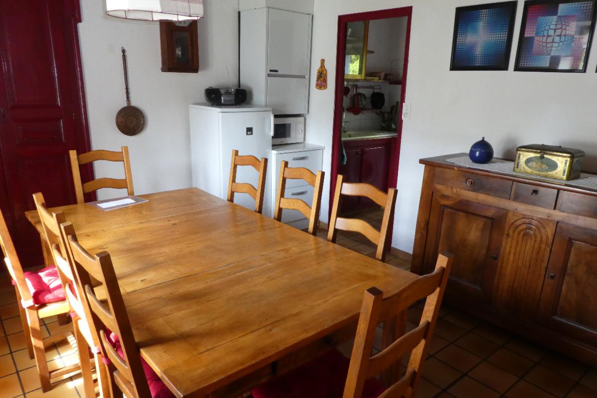 Salle à manger - Location de vacances - Pouzol