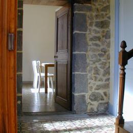 Le coin cuisine - Location de vacances - Charbonnières-les-Vieilles