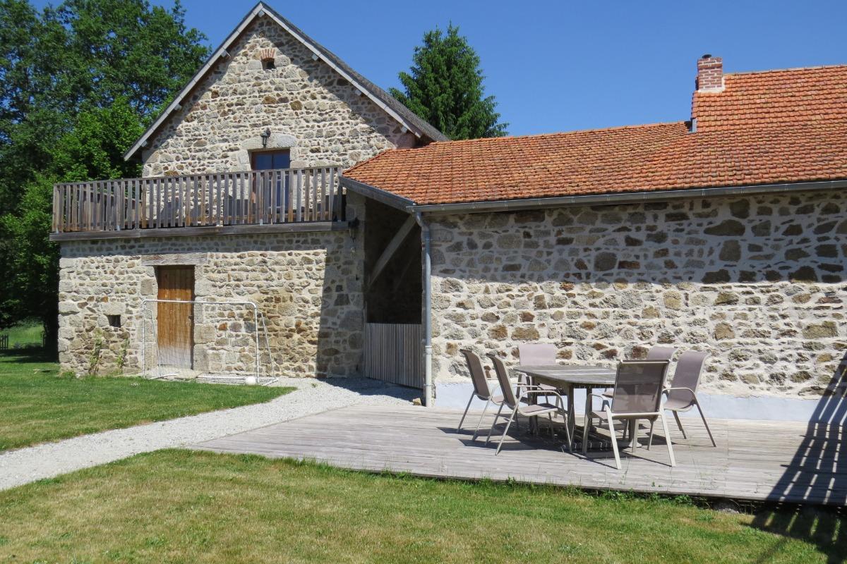 la deuxième terrasse - Location de vacances - Charensat