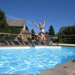 piscine chauffée avec pompe à chaleur (été) - Location de vacances - Charensat