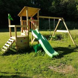 aire de jeux pour les enfants - Location de vacances - Charensat