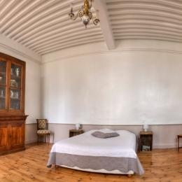 La salle à manger - Chambre d'hôtes - Sayat