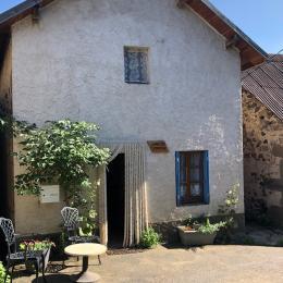 Chambre lit 140 x200  - Location de vacances - Saint-Nectaire