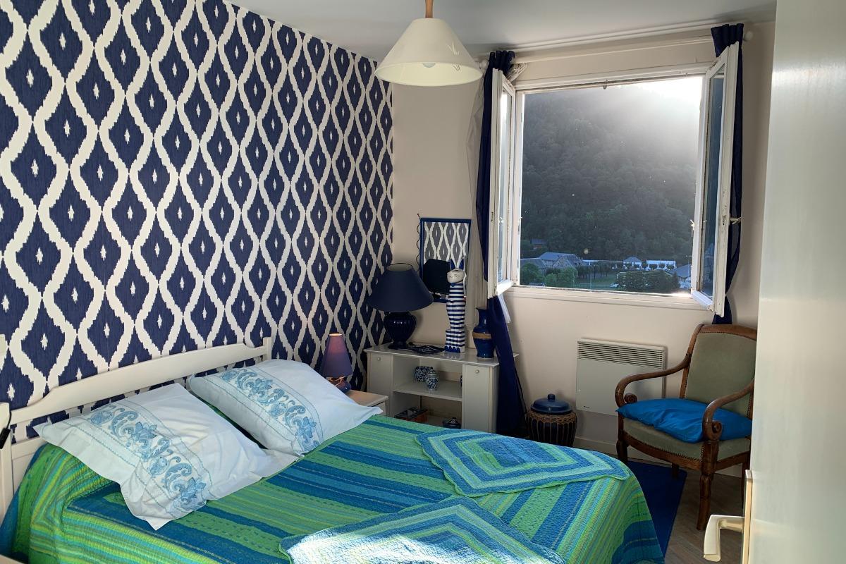 chambre-Lit en 140 , calme et ensoleillée, décoration agréable et pimpante - Location de vacances - Mont-Dore
