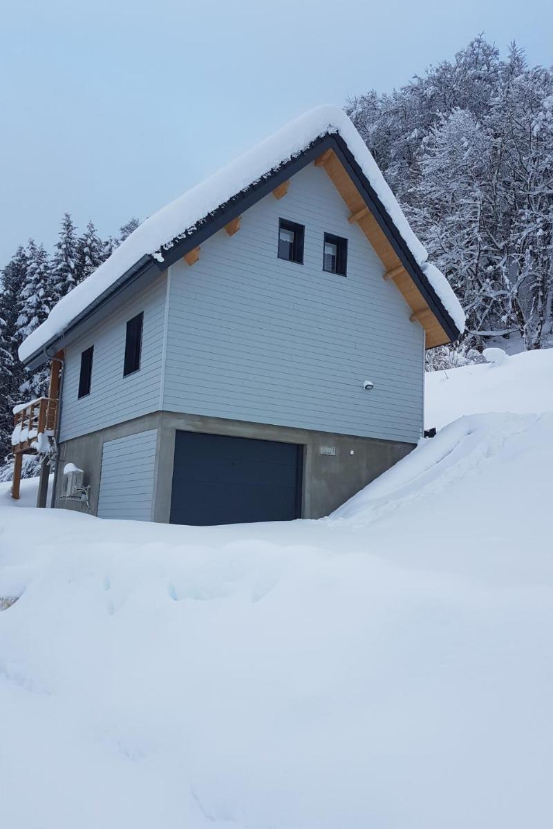 Vue côté sous-sol - Location de vacances - Mont-Dore