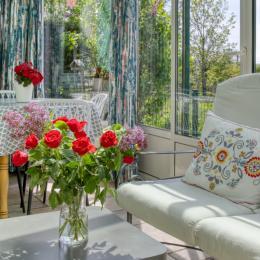 véranda et salon de jardin - Location de vacances - La Tour-d'Auvergne