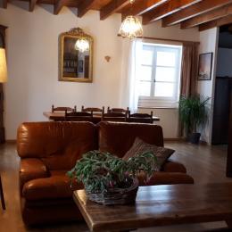 La chambre 'Corail' de plain pied avec la terrasse couverte. - Location de vacances - Orcines