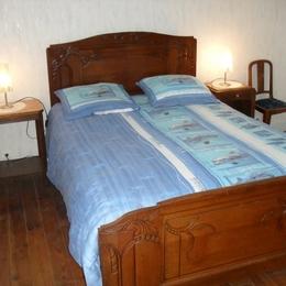 La chambre bleue - Location de vacances - Sermentizon