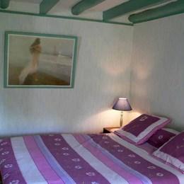 Gîte situé dans le Parc Naturel Régional des Volcans d'Auvergne - chambre - Location de vacances - Saint-Nectaire