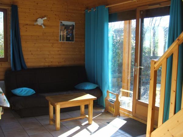 salon/sejour - Chalet capacité 6 personnes à St Floret village de caractère en Auvergne - Location de vacances - Saint-Floret