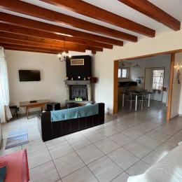 Lac Chambon en hiver. - Gite au bord du LAC CHAMBON et au pied du Massif du SANCY - Location de vacances - Chambon-sur-Lac