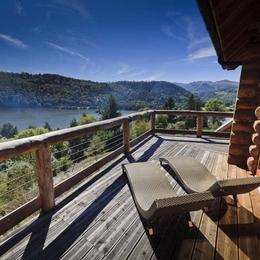 Splendide chalet au coeur du Parc des volcans d'Auvergne vue lac - Location de vacances - CHAMBON-SUR-LAC