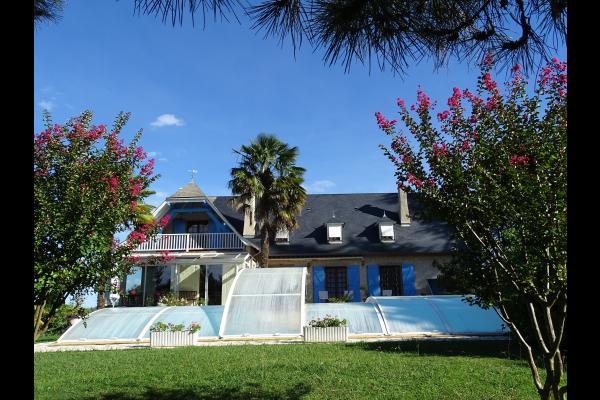 Maison typique béarnaise dans parc arboré de 7000m². - Chambre d'hôtes - Saint-Faust