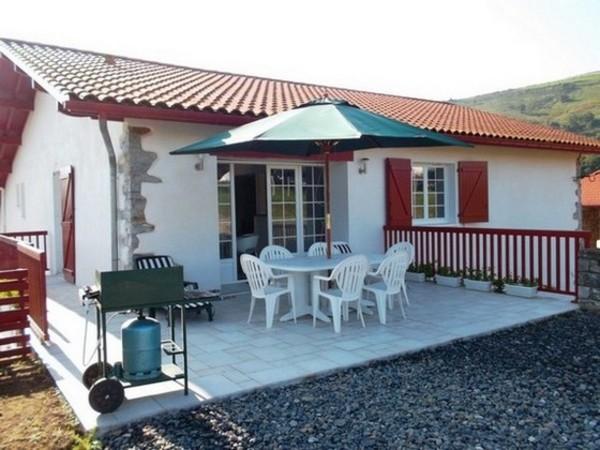 Gîte avec sa splendide terrasse - Location de vacances - Lantabat