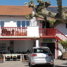 - Location de vacances - Amendeuix-Oneix