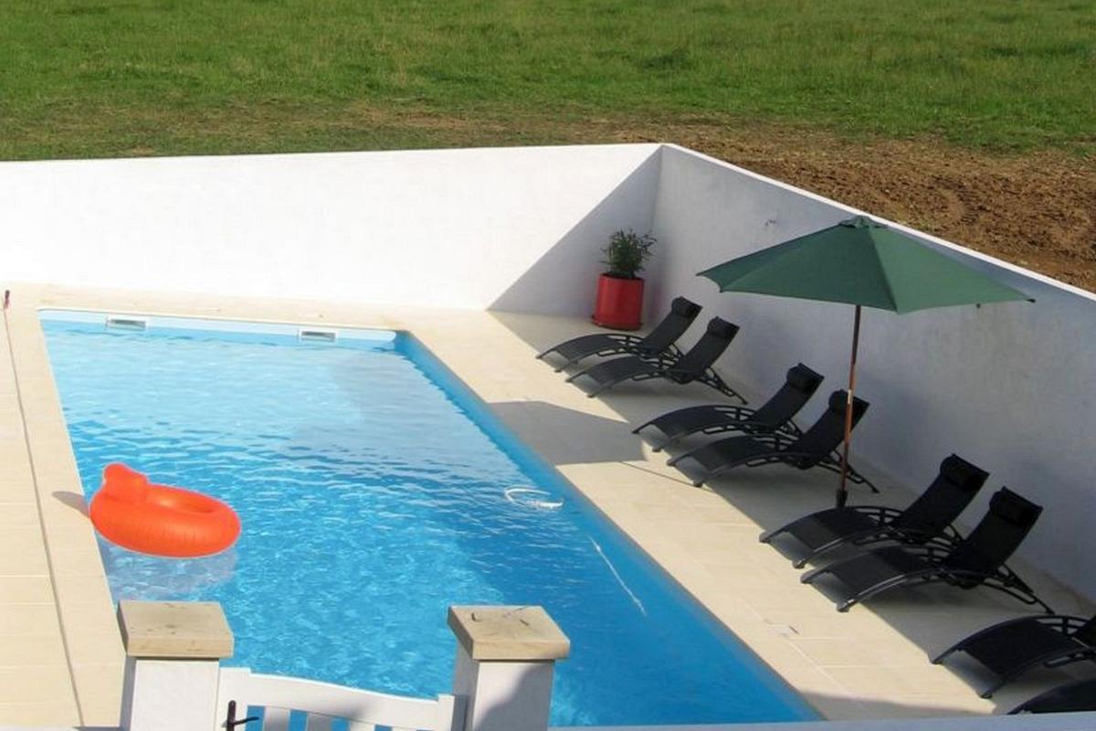 Maison Zubiatia - piscine chauffée - Chambre d'hôtes - Saint-Jean-le-Vieux