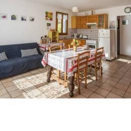 Séjour coin cuisine 2 - Location de vacances - Julos