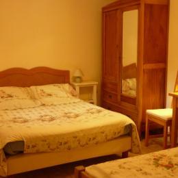 Chambre 1 - Location de vacances - Ger