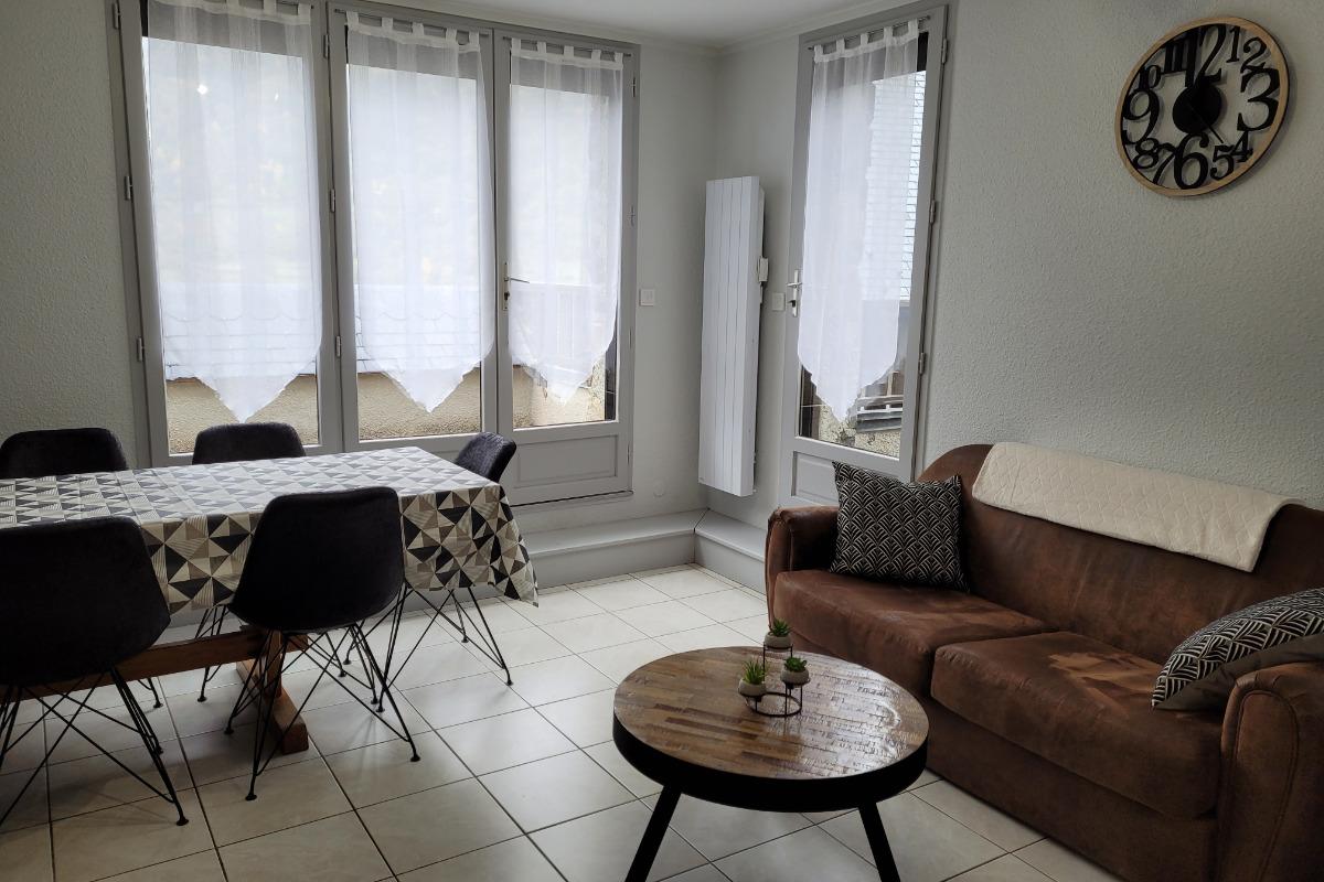 1 chambre étage - Location de vacances - Esquièze-Sère