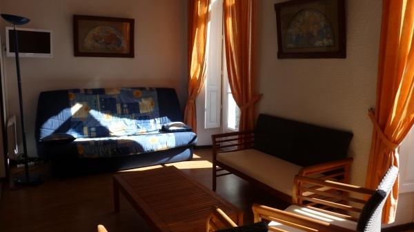 Salon vu depuis la chambre - Location de vacances - Cauterets