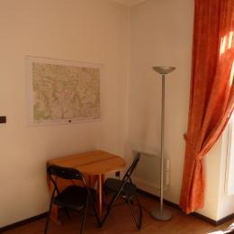 Coin bureau de la chambre - Location de vacances - Cauterets