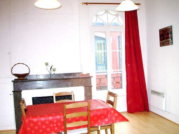 Salle à manger - Location de vacances - Bagnères-de-Bigorre