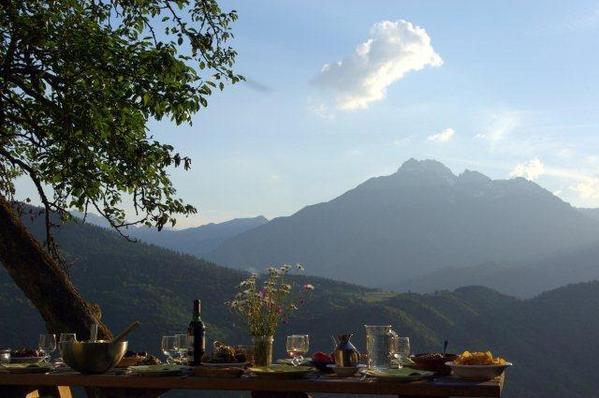 déjeuner avec vue sur l'Arbizon - Location de vacances - Ris