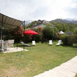 Terrasse et bain de soleil. - Location de vacances - Luz-Saint-Sauveur