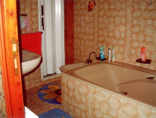 salle de bain rez de chaussée - Location de vacances - Arreau