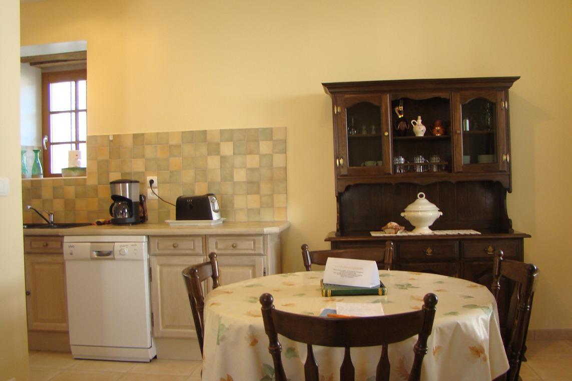 Pièce à vivre : salle à manger/cuisine - Location de vacances - Bun