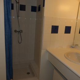 chambre avec lit 140 - Location de vacances - Cauterets