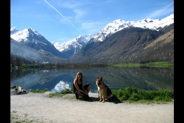 Elise Haverlan et Chéba lac de Génos - Location de vacances - Génos