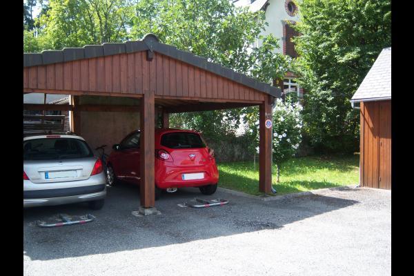 Abris voiture - Location de vacances - Argelès-Gazost