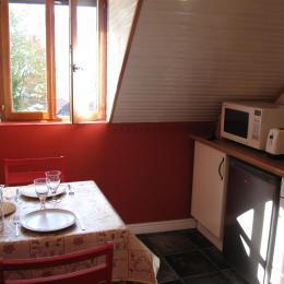 Studio Joubarbe - Cuisine - Location de vacances - Bagnères-de-Bigorre