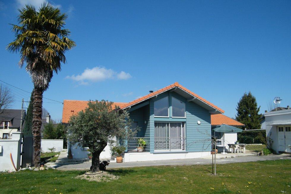 Façade sud, vue sur le pic du Vignemale - Location de vacances - Barbazan-Debat