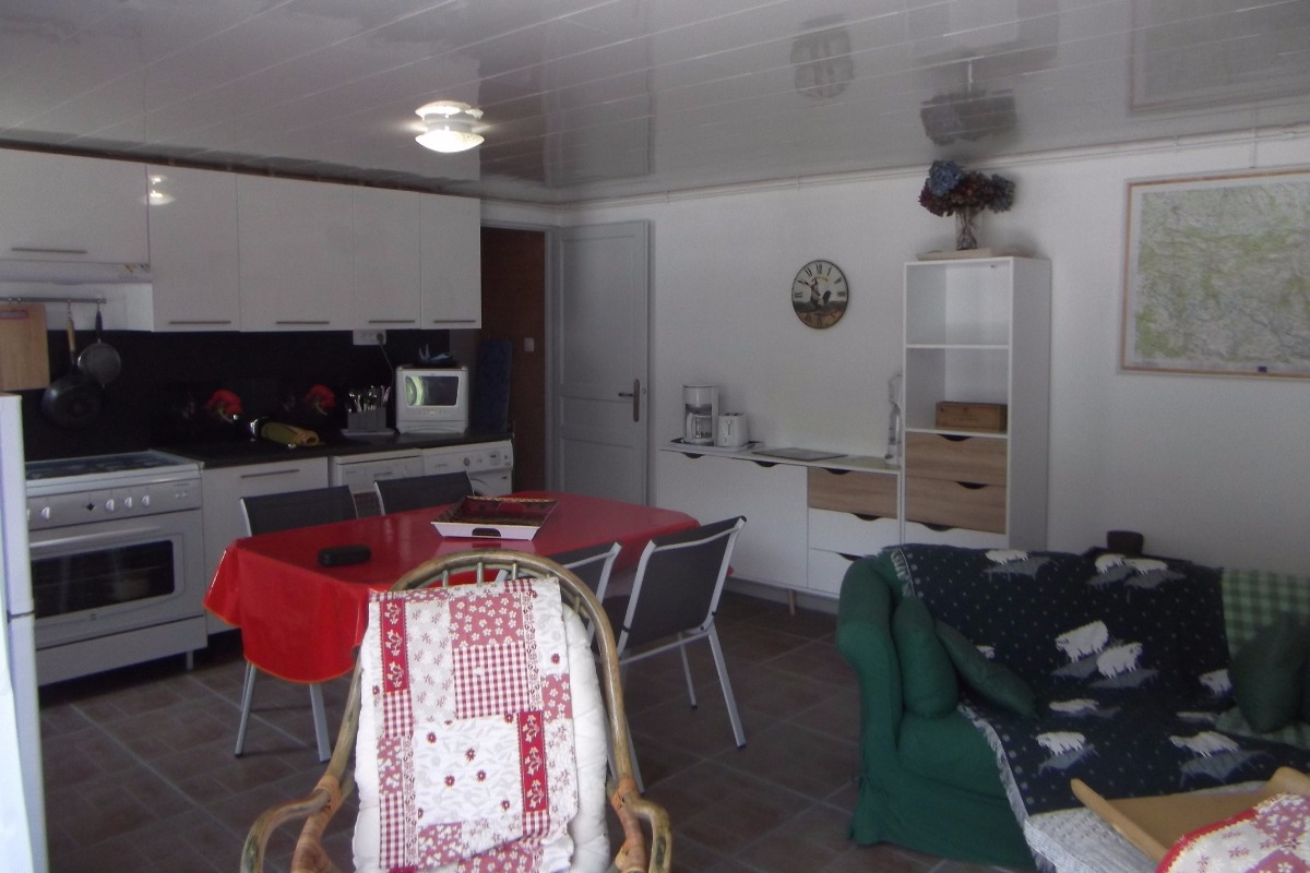 La partie cuisine - Location de vacances - Cauterets