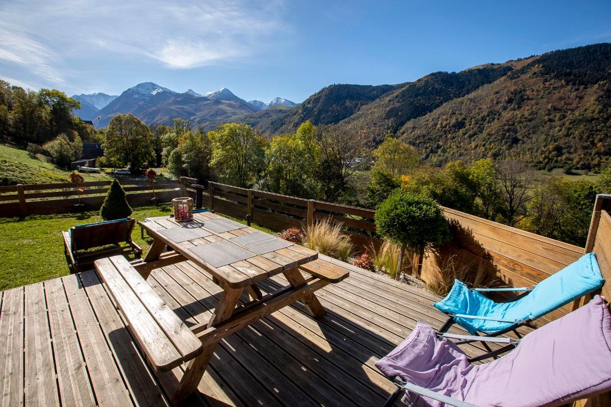 Terrasse toute en bois avec vue panoramique - Location de vacances - Cazaux-Fréchet-Anéran-Camors