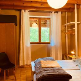 chambre 1 - Location de vacances - Camous