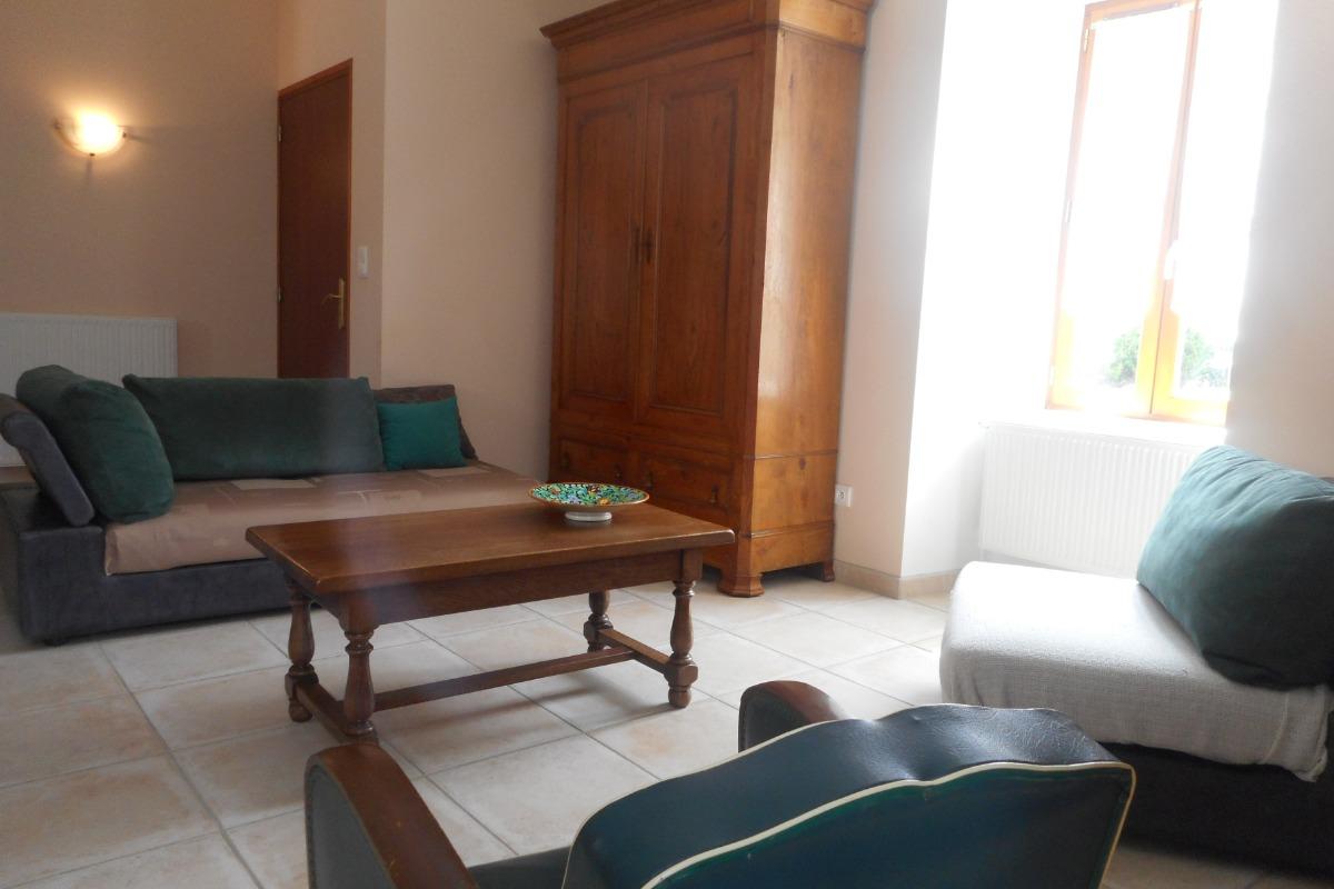 Le Gabizos coin cuisine dans la pièce à vivre - Location de vacances - Bun