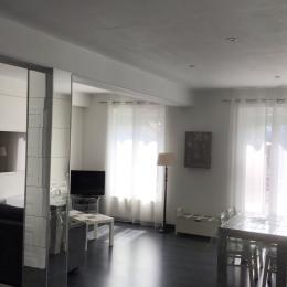 Salon, salle à manger - Location de vacances - Argelès-Gazost