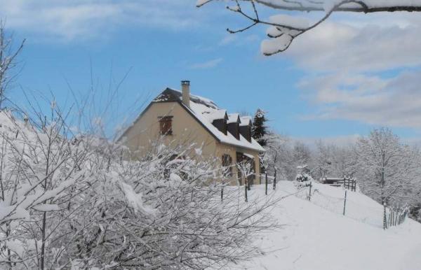 La maison par une belle matinée d'hiver - Location de vacances - Arrens-Marsous