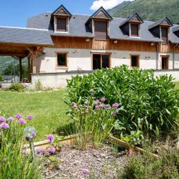 Le gite terrasse vue montagne - Location de vacances -