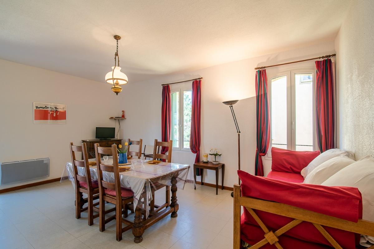 côté Salon et Aperçu des 2 chambres - Location de vacances - Argelès-sur-Mer