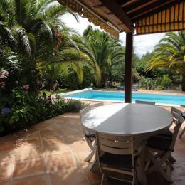 Terrasse repas - Location de vacances - Montesquieu-des-Albères