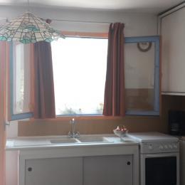 Chambre 1 avec son lit 140 - Location de vacances - Montescot