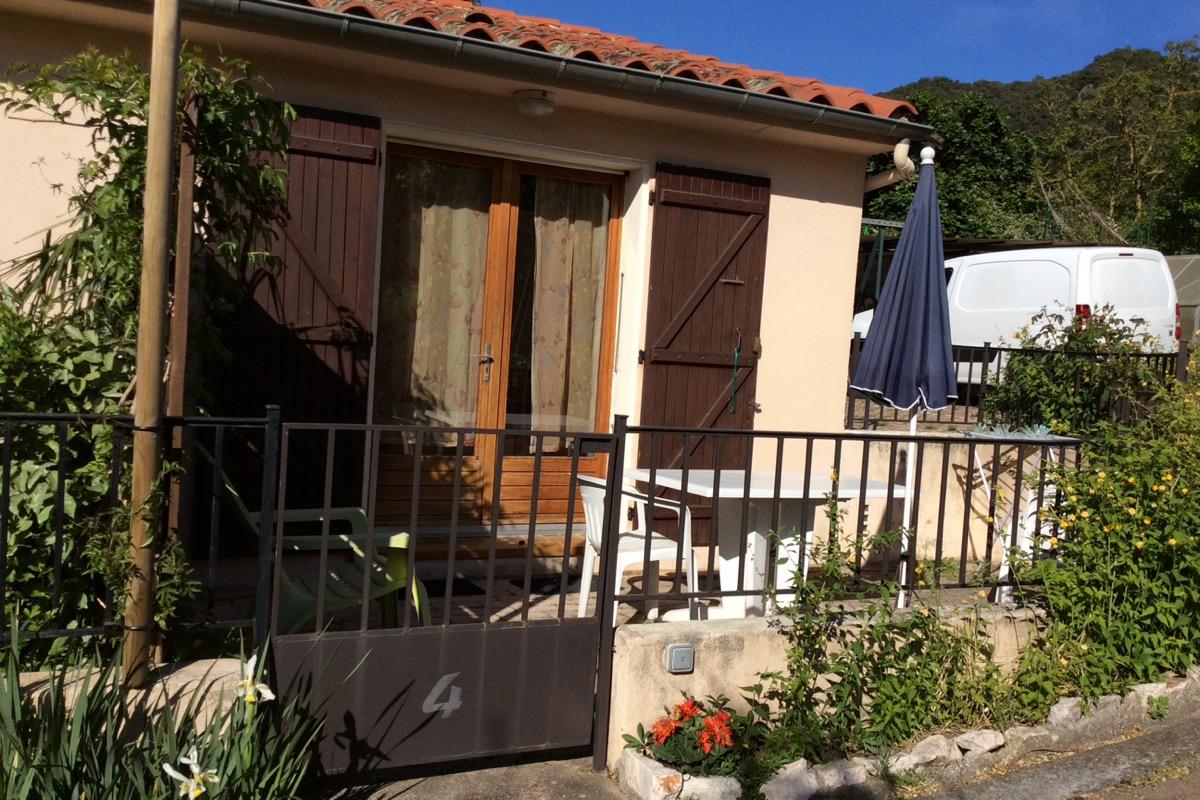 Terrasse T2 - Location de vacances - Reynès