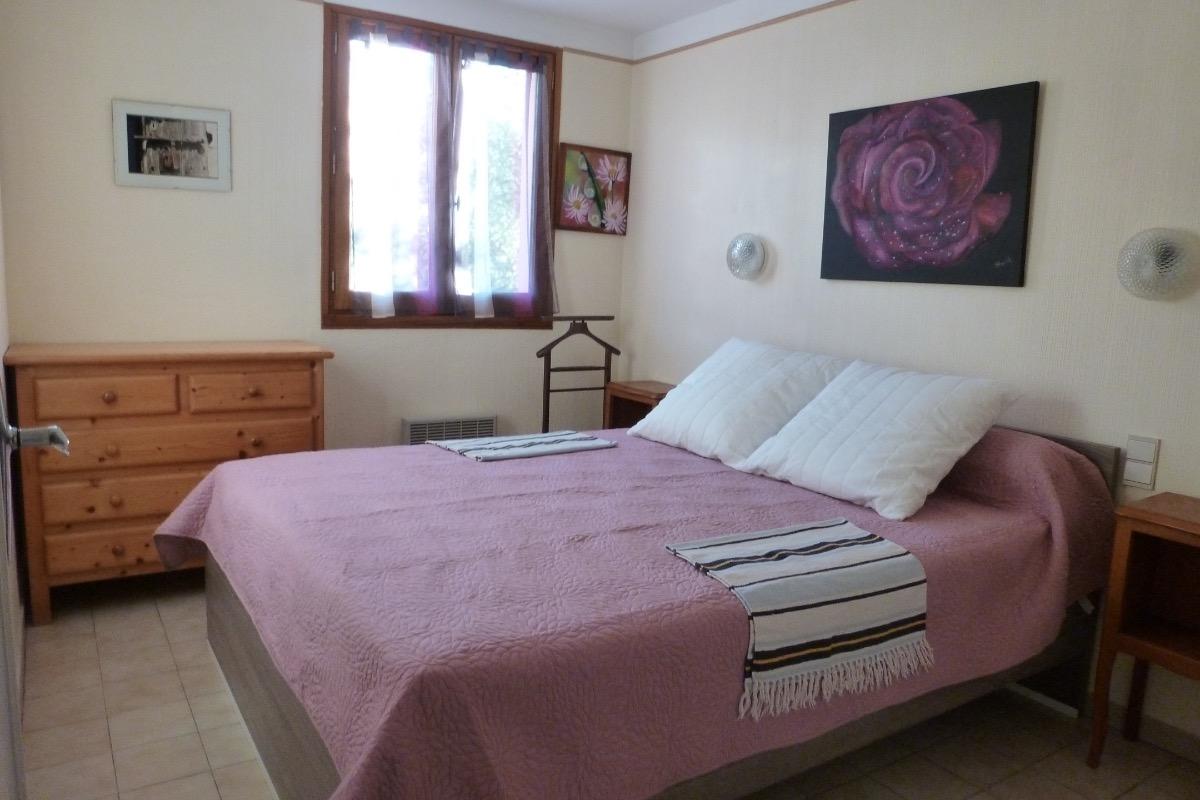 chambre lit en 160 - Location de vacances - Reynès
