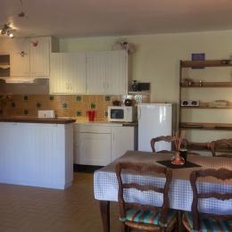 cuisine salle à manger - Location de vacances - Dorres